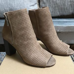 NWT Grayish/Tan Suede Peep-Toe Booties